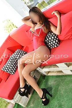 melisa Sensual Tumbada Sofa