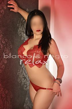 natalia Tanga Rojo Sexy
